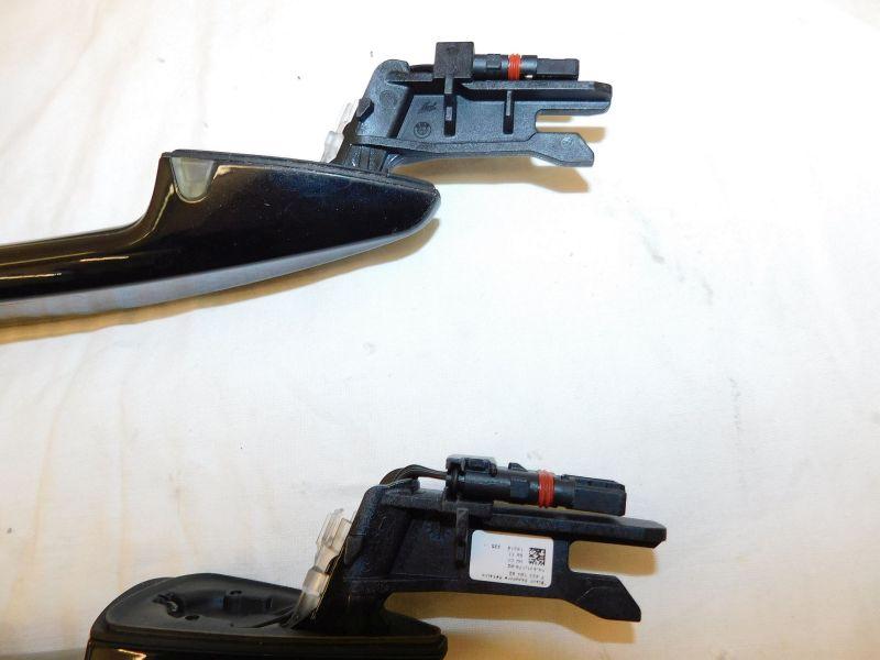 Türgriff außen v.l. 2x vordere Türgriffe Black Sapphire M. 475 mit Komfort/LichtBMW X2  2.0DA